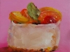 olieverf Marsepein gebakje met roze achtergrond te koop