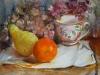 Olieverf stilleven-met-sinaasappel en gedroogde hortensia's